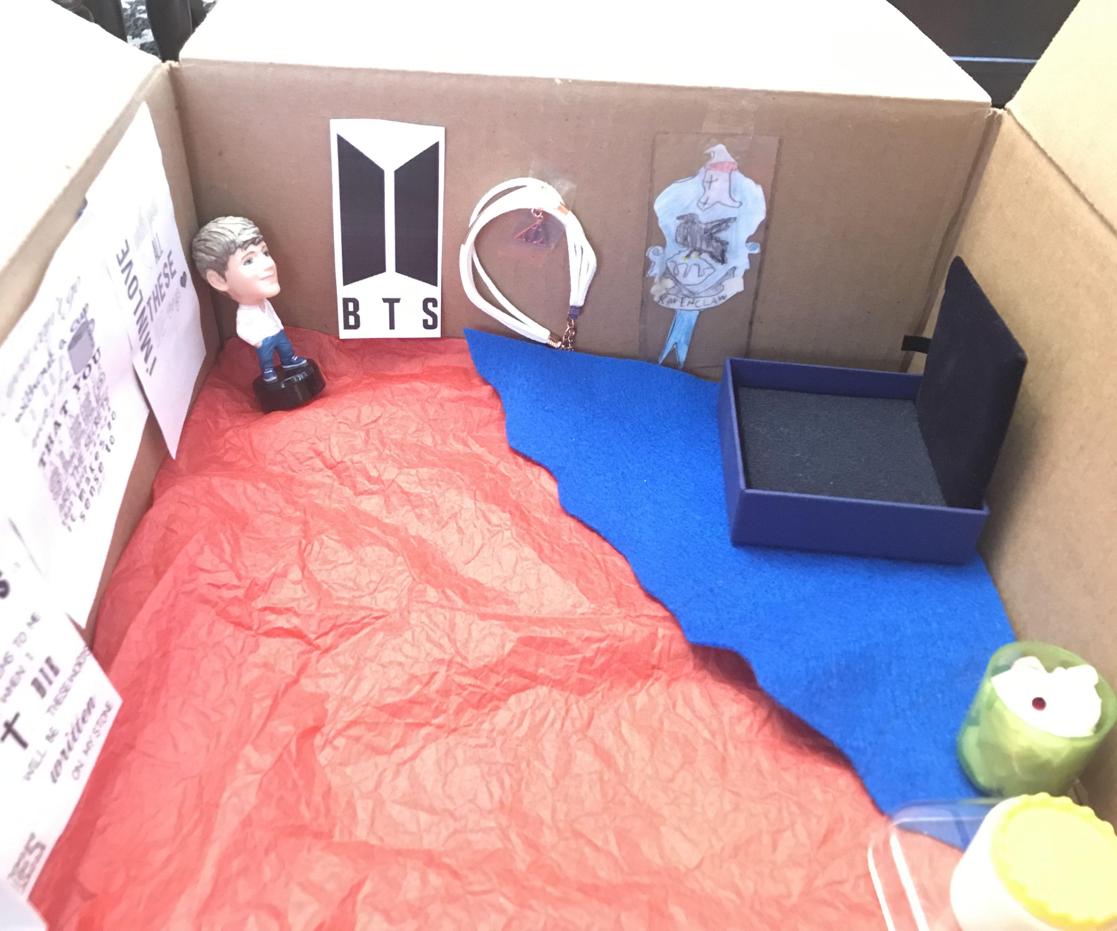 Miniature Fangirl's Bedroom