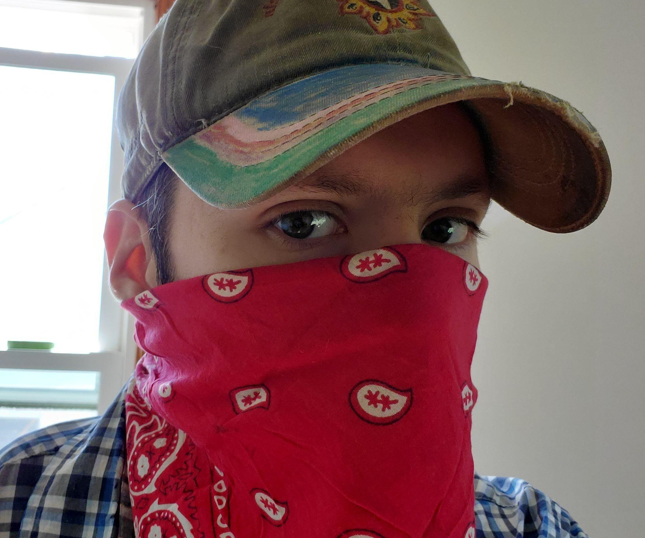 Backup Mask for One Handed Use