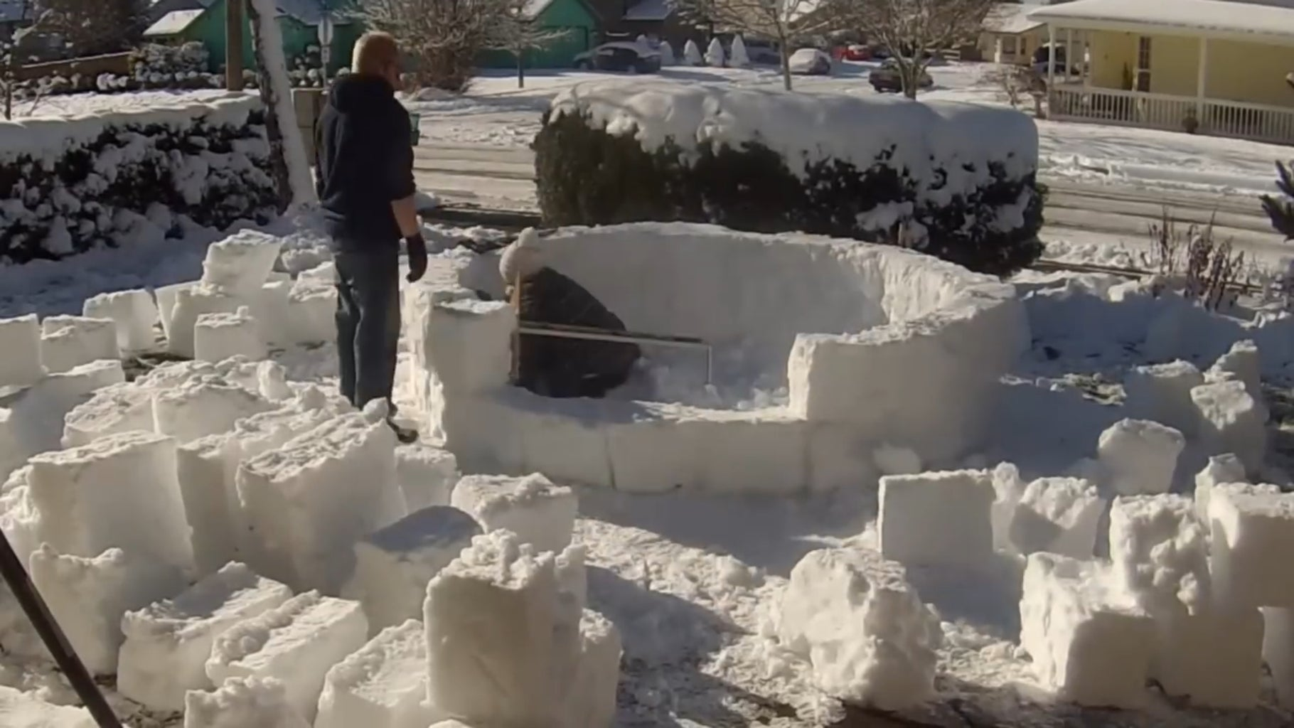 Building a Igloo.