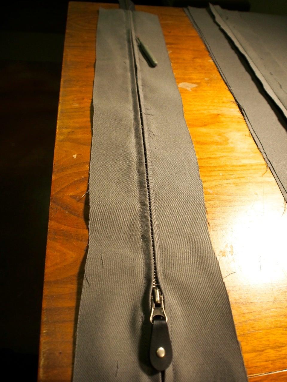 Small Cushion: Zipper