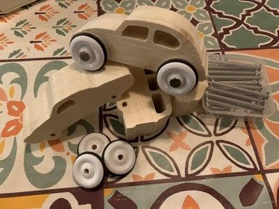 安装车轮和轴。