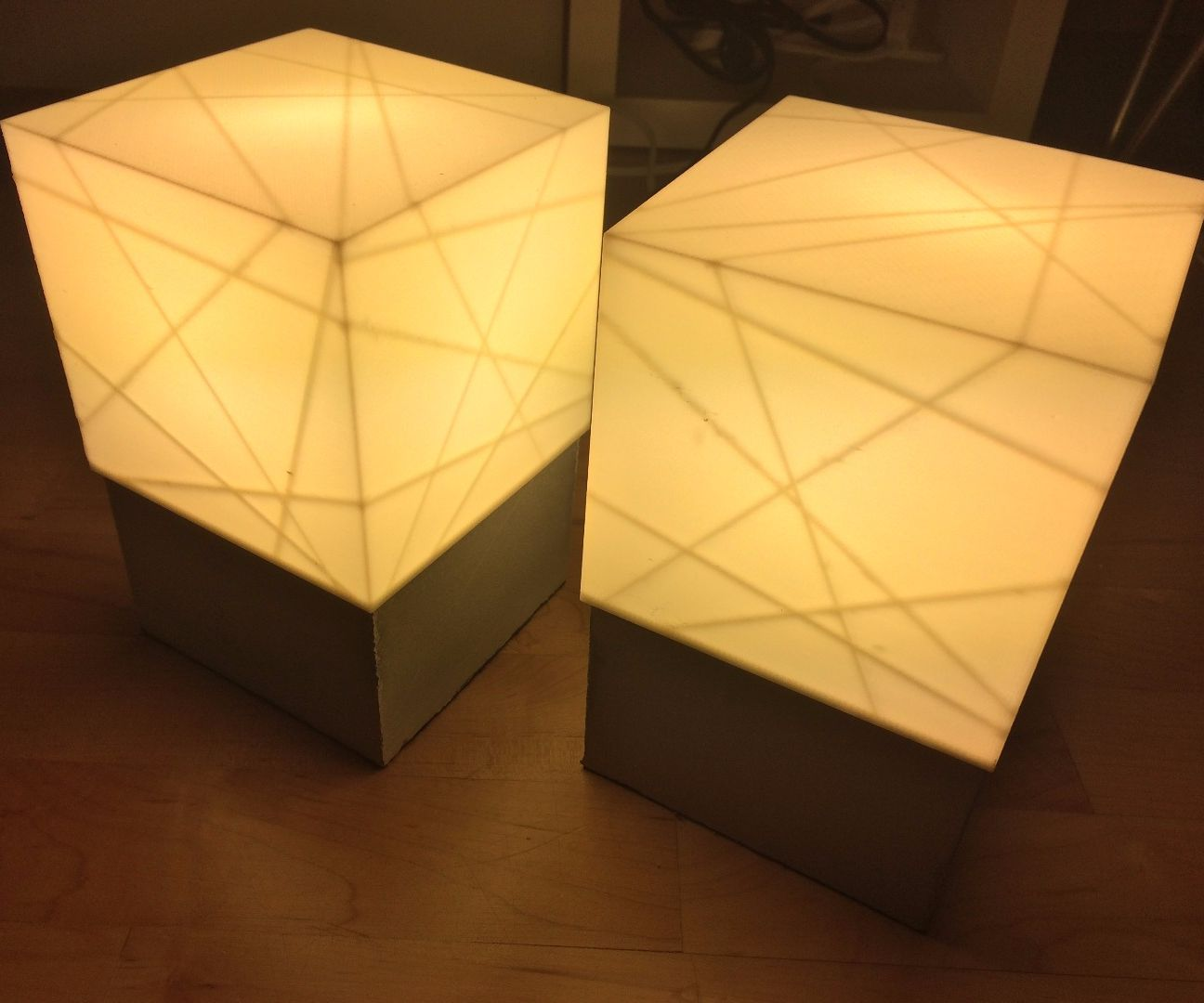 Concrete lamp base with 3D printed shade
