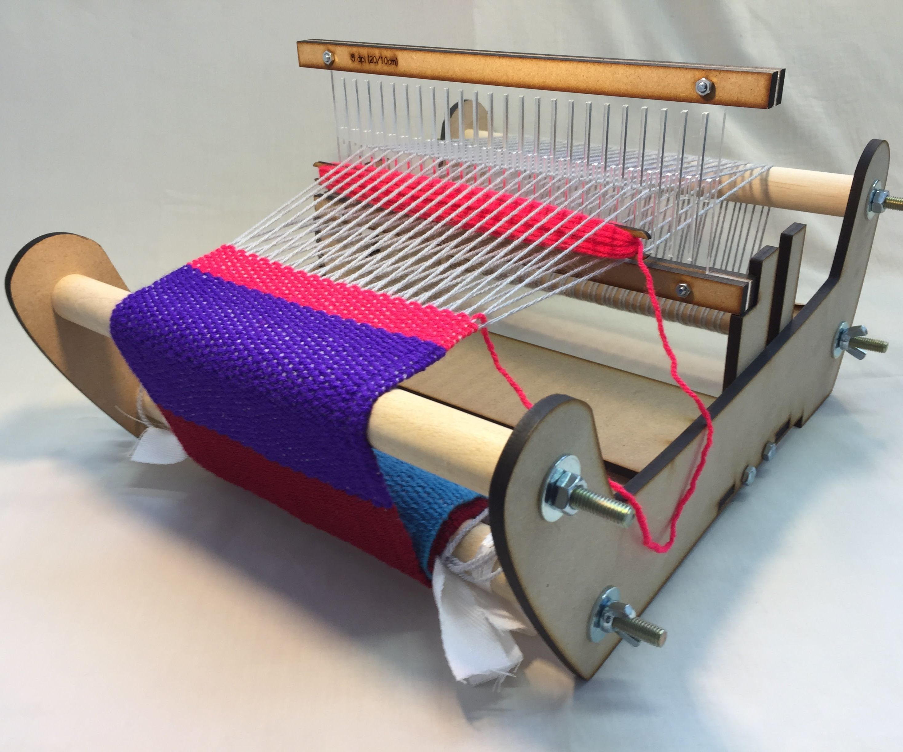 DIY Laser Cut Rigid Heddle Loom - Part 2: Weaving With the Rigid Heddle Loom