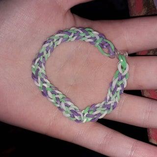 Inverted Fishtail Rainbow Loom Bracelet