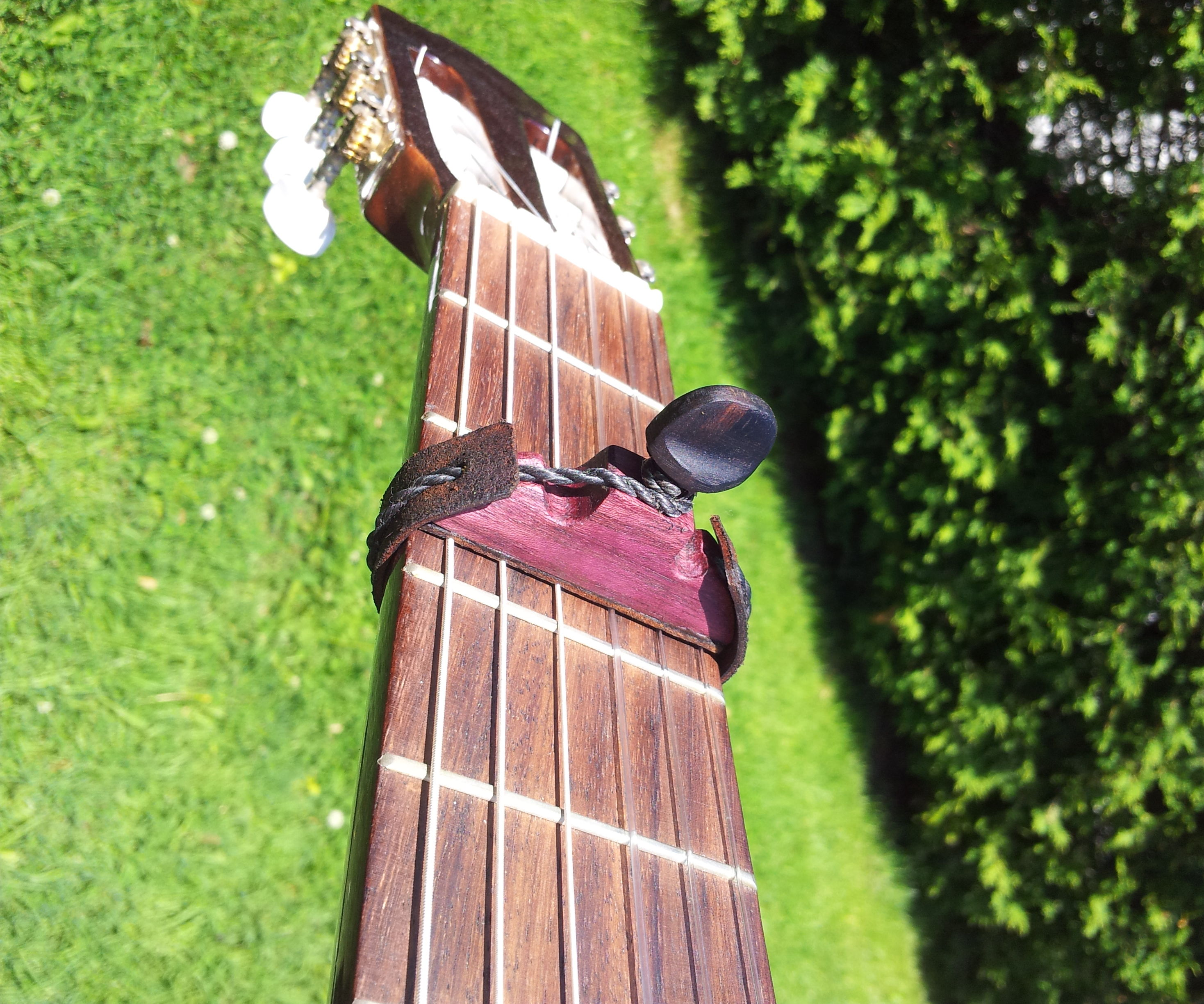 Need A Capo For Your Guitar? Build A Cejilla