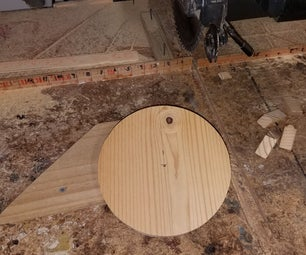 Making Wood Circles With a Power Saw.