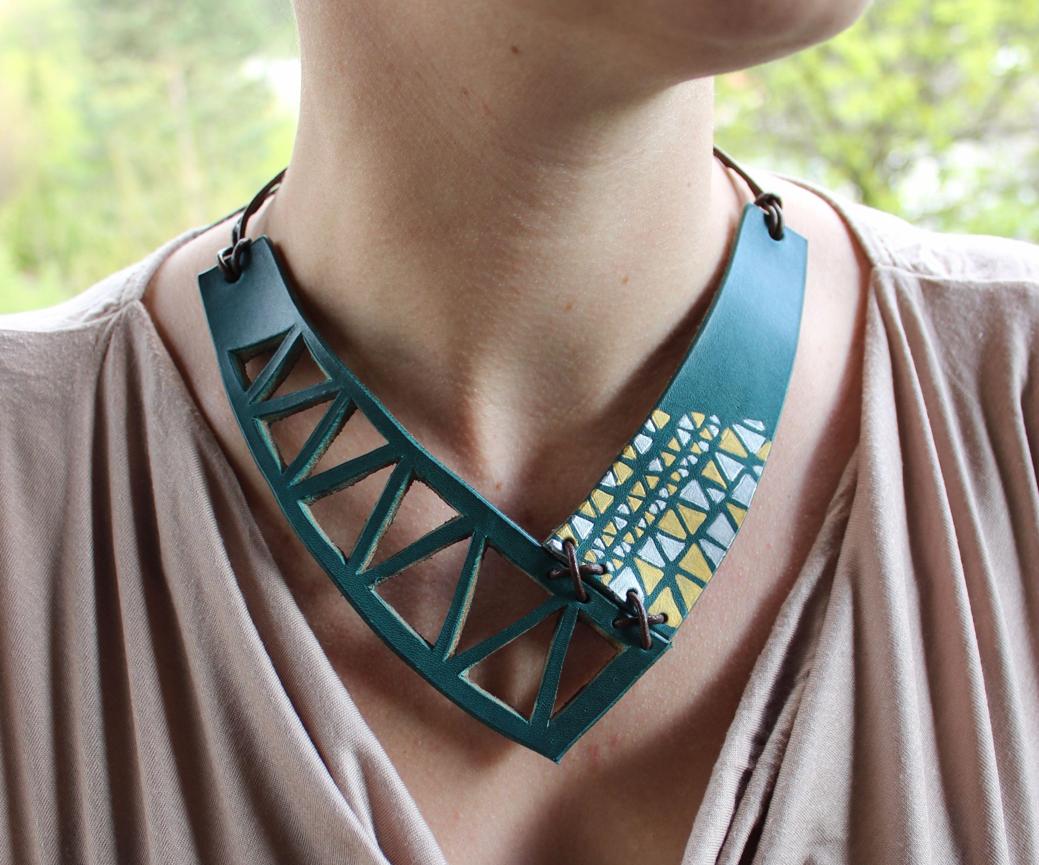 Simple Leather Necklace/Einfache Lederhalskette
