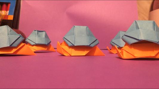 Origami 'Soldier Slugs'