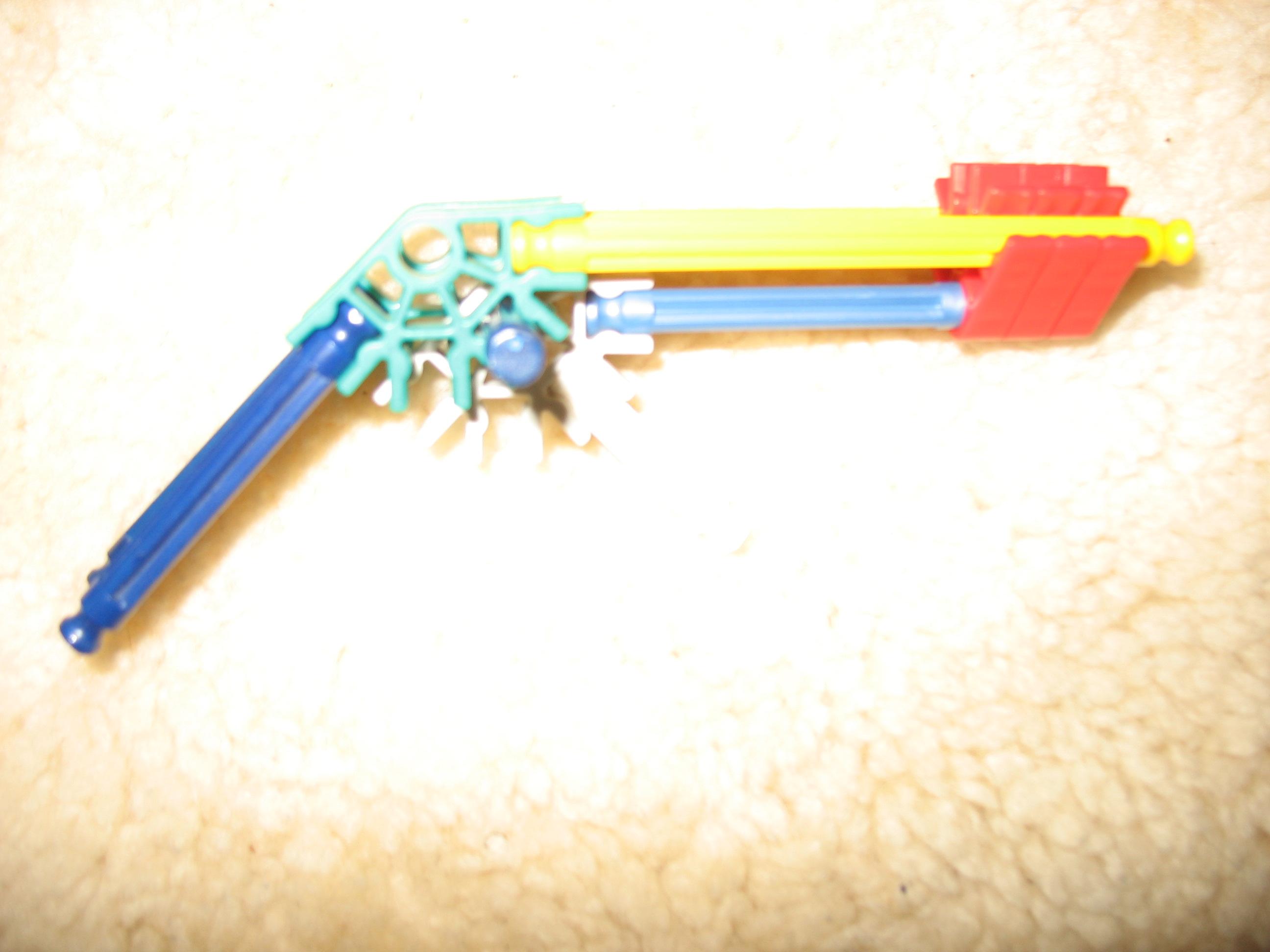 Tiny K'nex Pistol