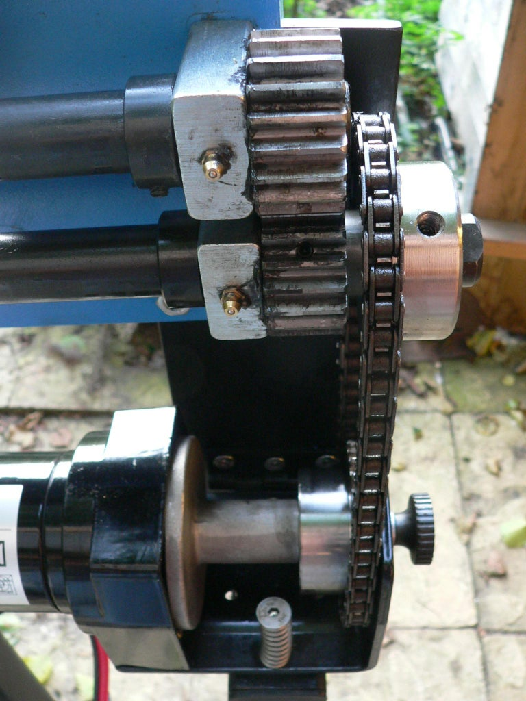 Mounting and Setting the Chain