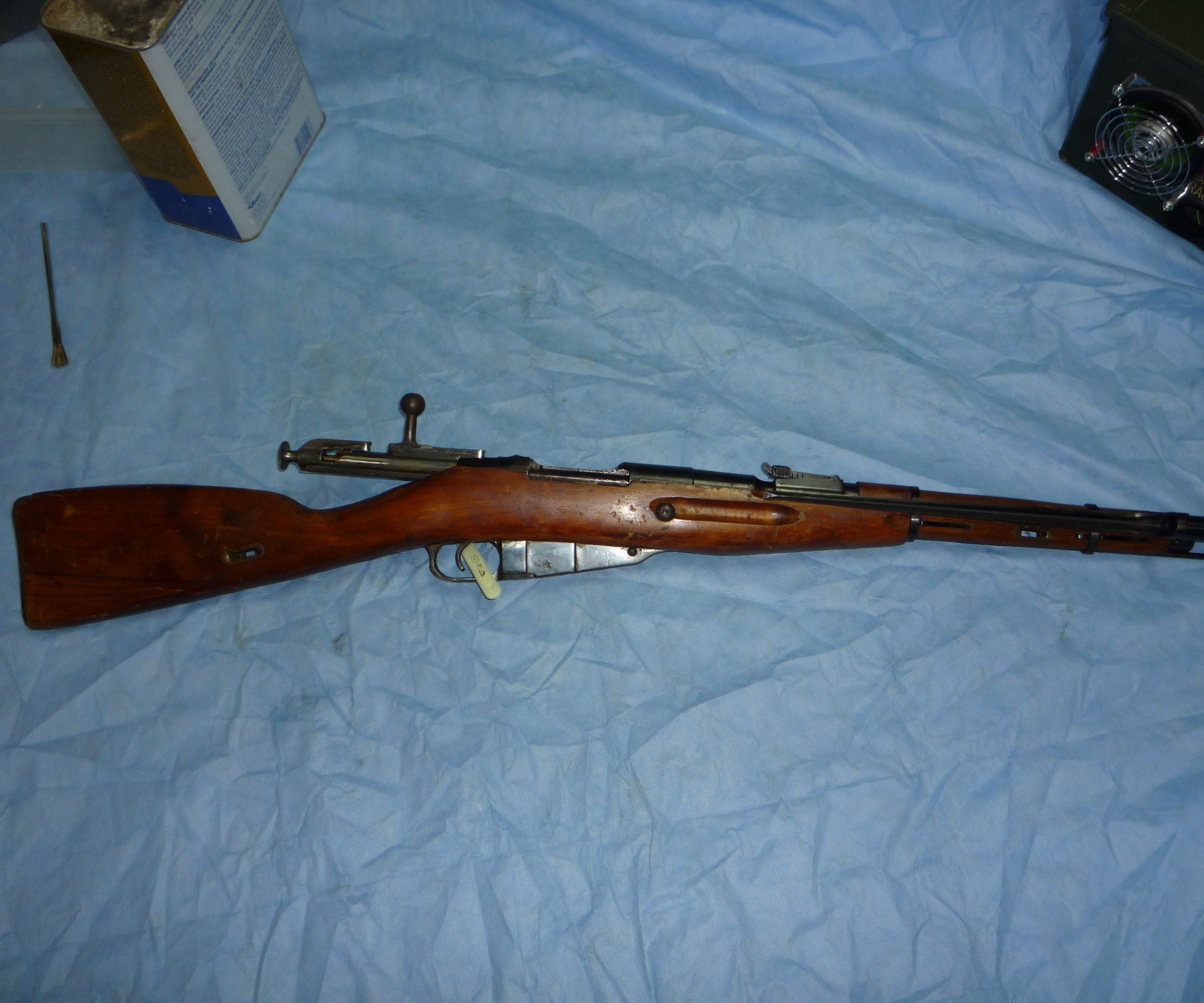Cleaning Your New Mosin Nagant Rifle Modding The Bolt To Close Easily 17 Steps Instructables