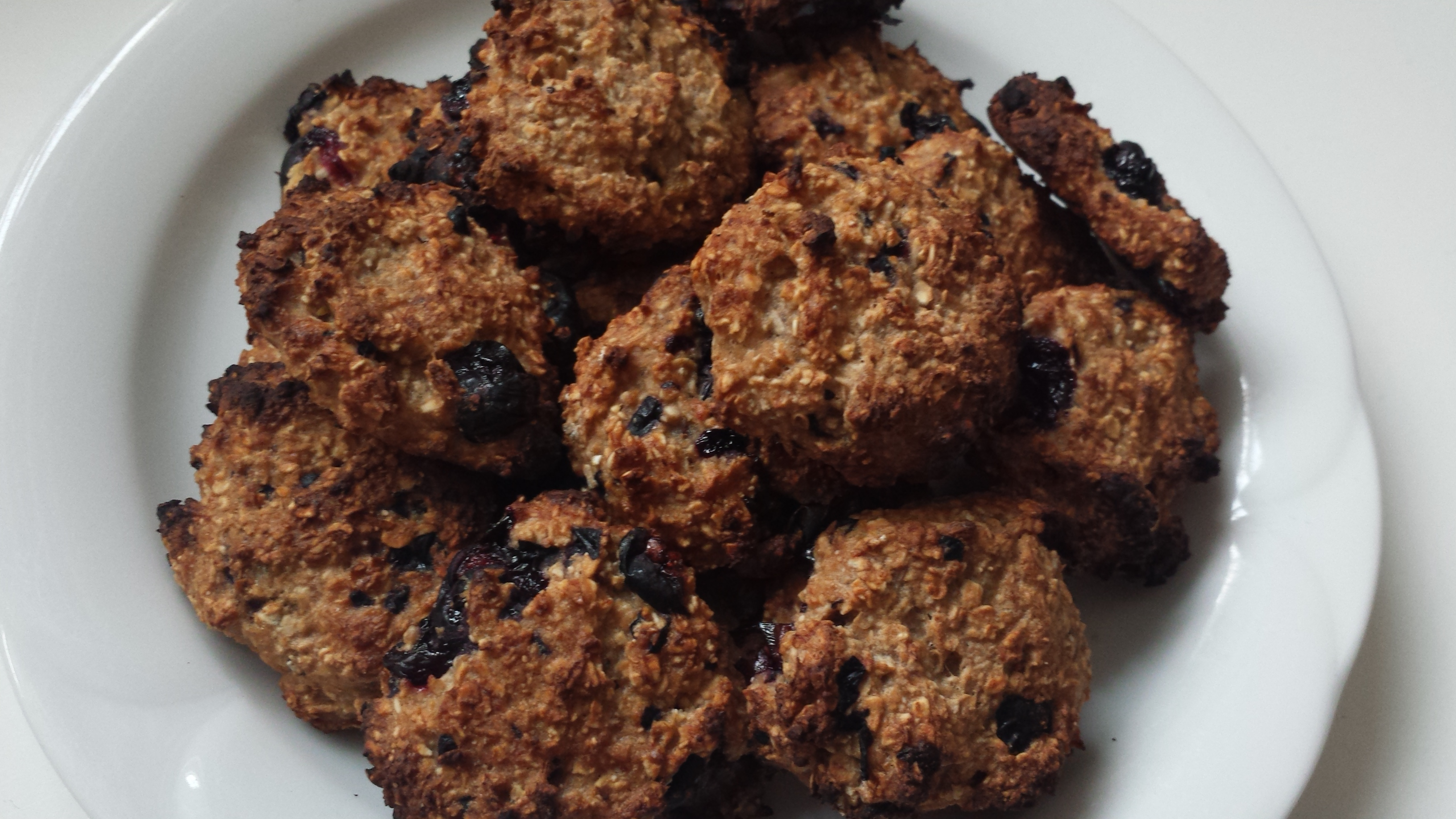 The Easiest Oatmeal Cookies Ever
