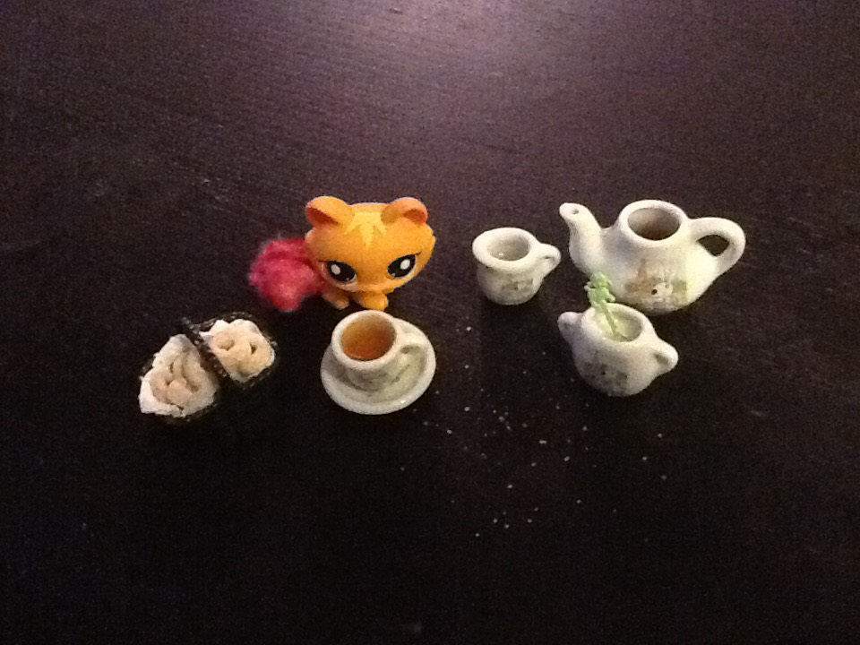How To Set A PERFECT Tiny Tea Party