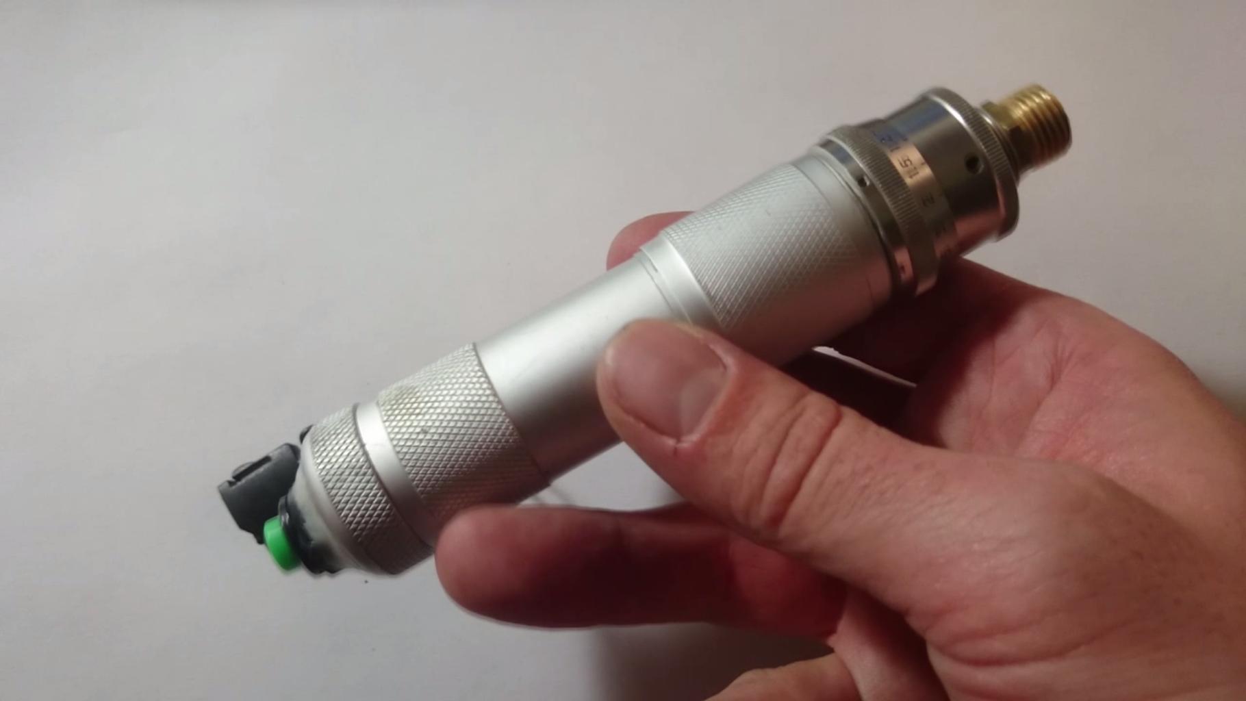 Homemade Atomizer+Mod E-cigarette on the Cheap
