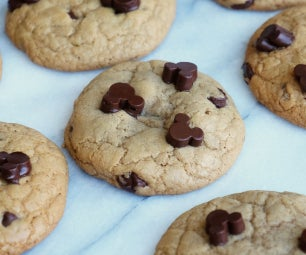 Disney's Chocolate Chip Cookies W/ Mickey Mouse Chocolate Chips