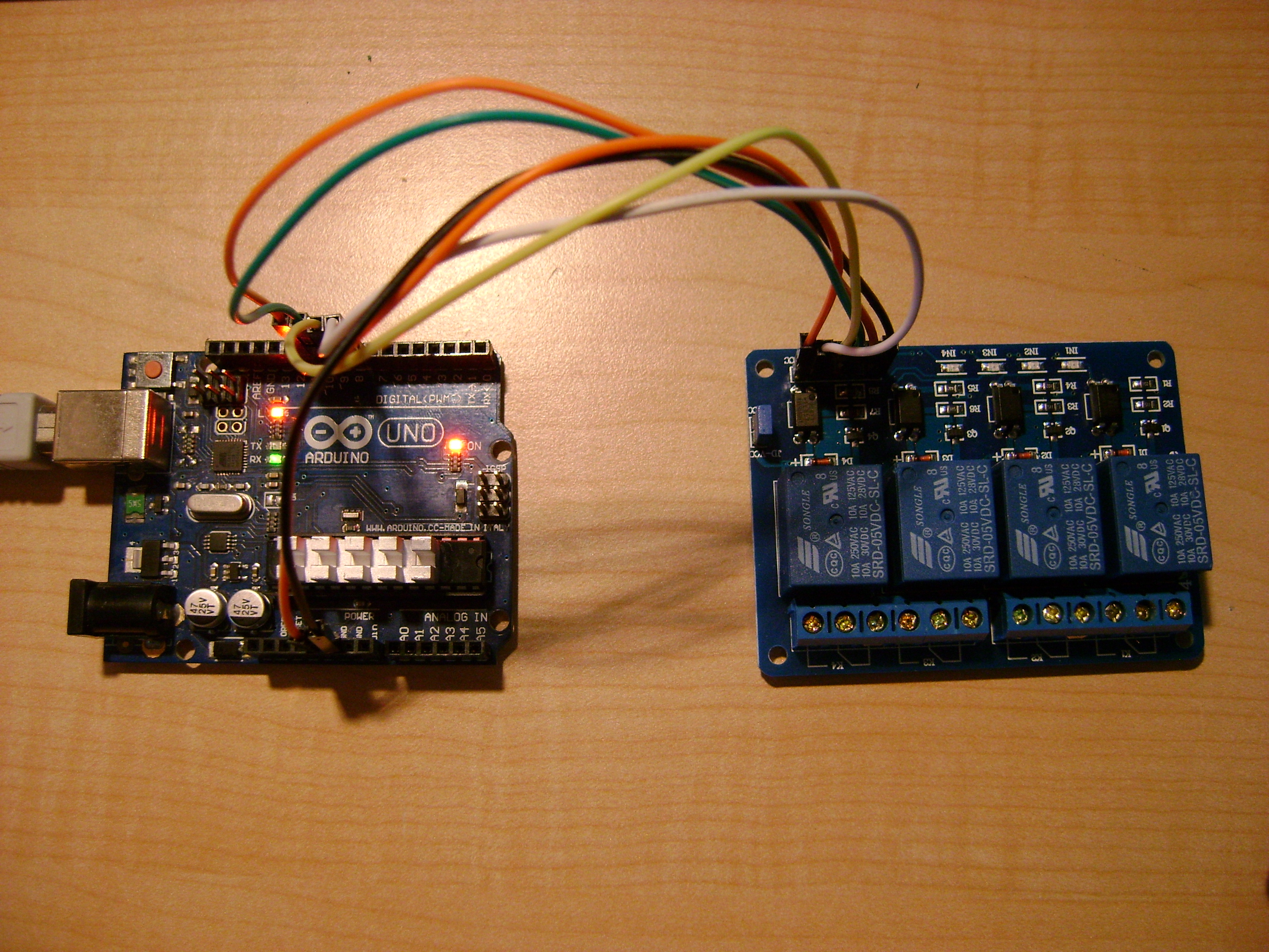 Remote control 4 relay with Arduino via WIFI (touchOSC+Processing)