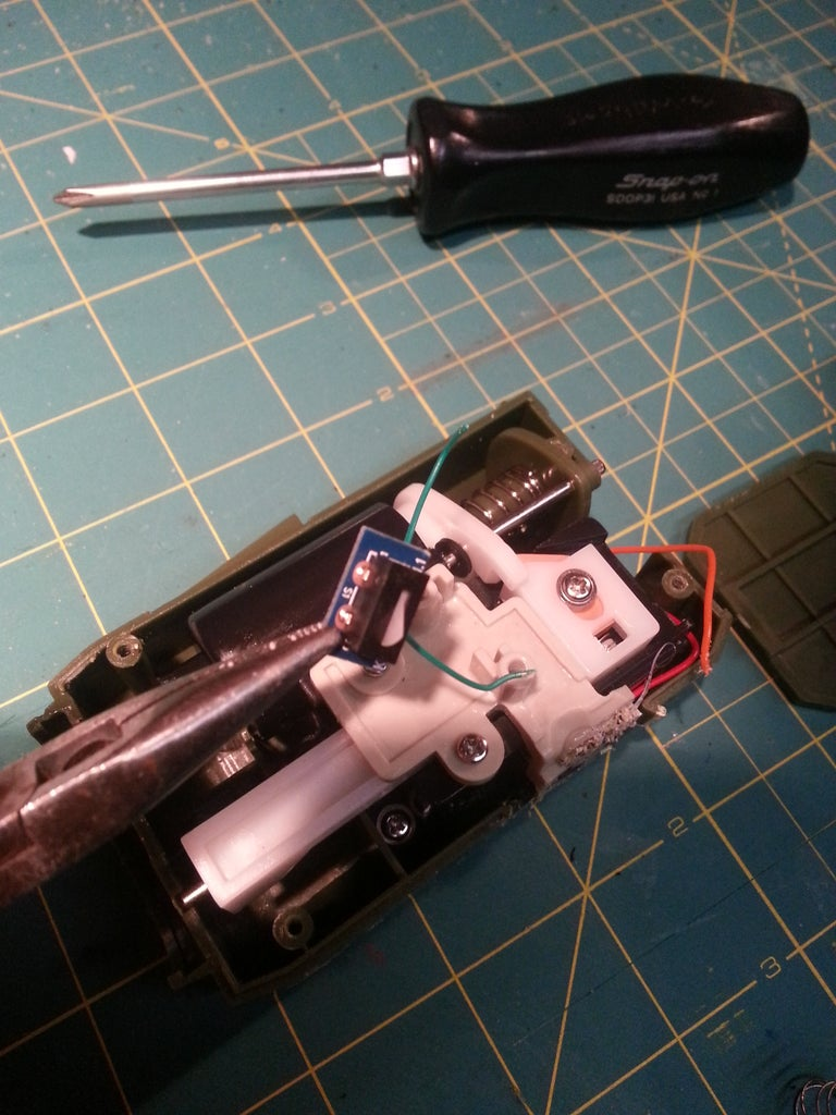 Modifying the USB Turrets for the Arduino