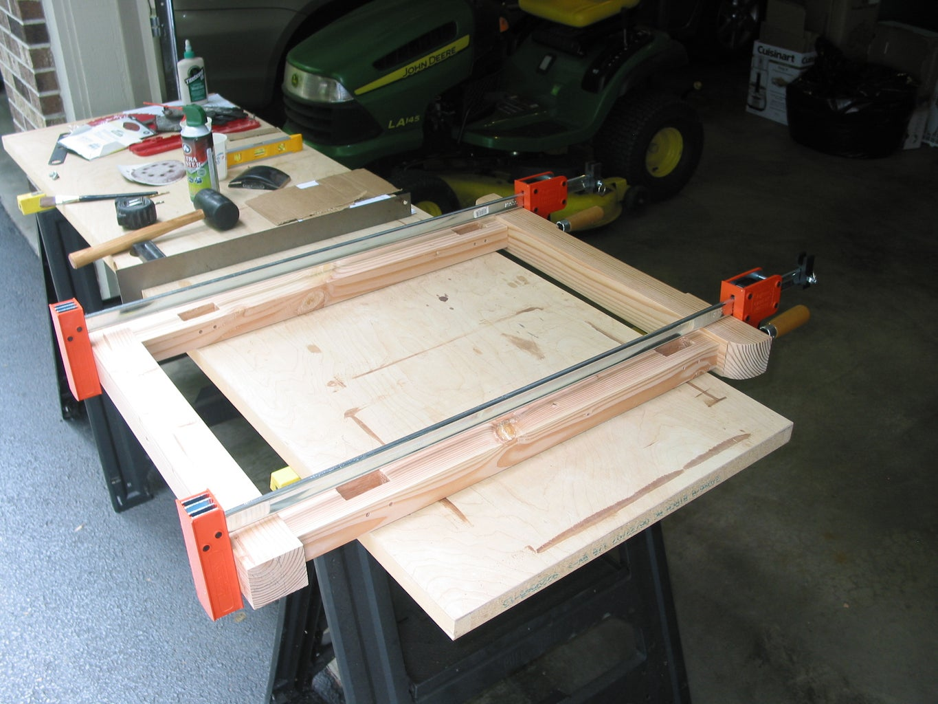 Foot and Trestle Detailing & Leg Assembly