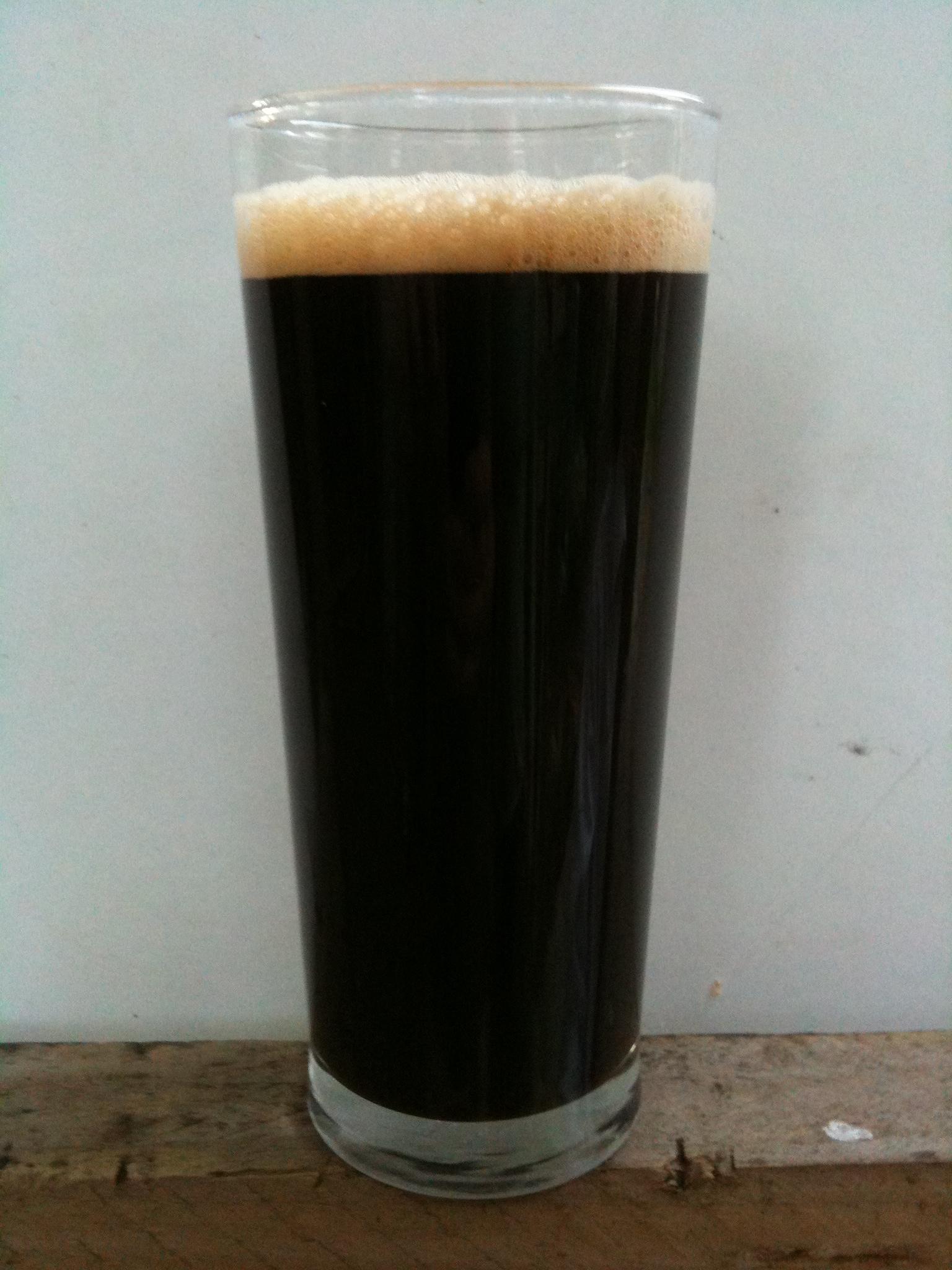 How to make dark English ale