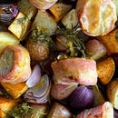 板锅芥末蜜汁猪里脊配蔬菜