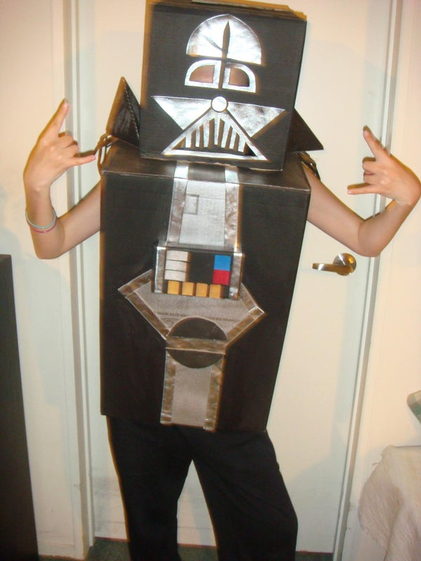 How to Make a Darth Vader Costume Out of Cardboard Boxes