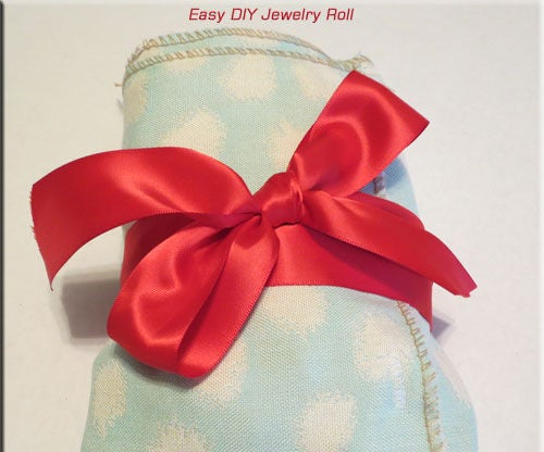 Easy DIY Jewelry Roll