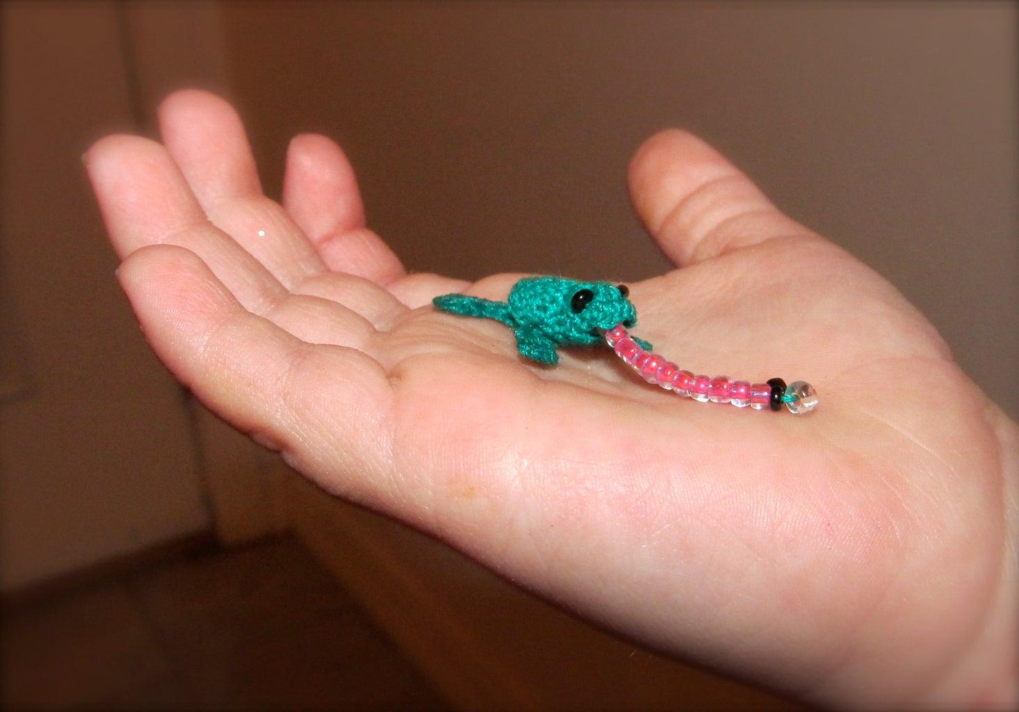 EXTREME CROCHET (Frog Earrings)