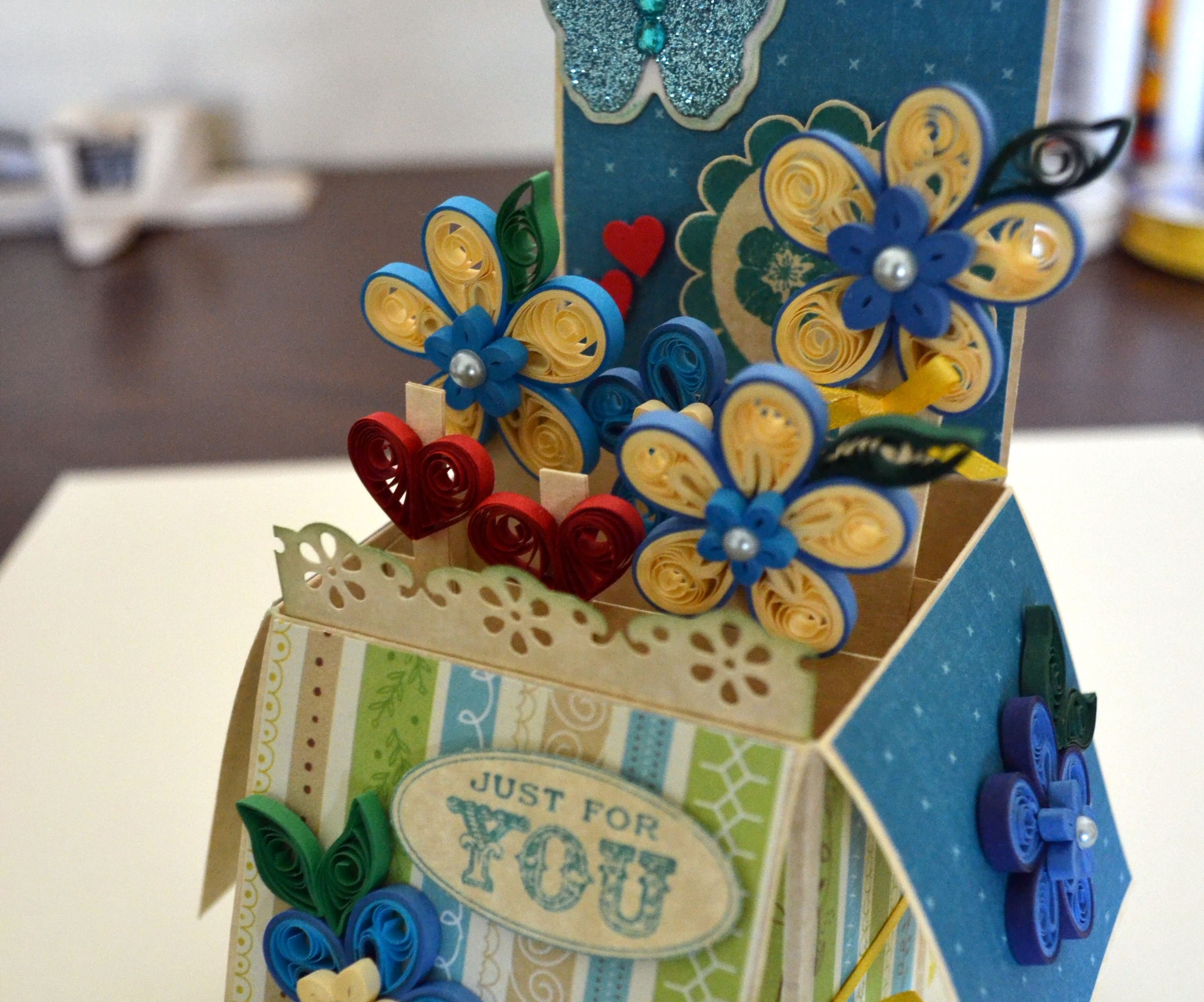 Quilling Pop Up Card