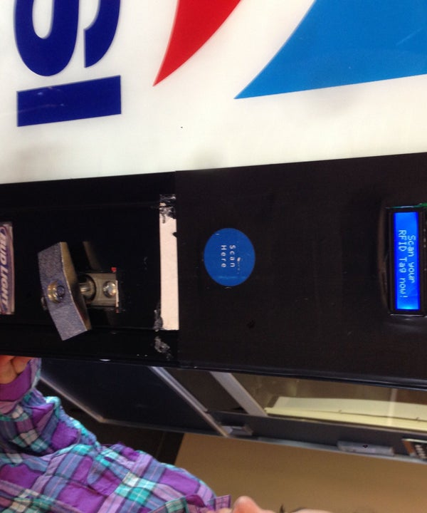 Convert Your POP/Drink Machine to Use RFID With Arduino