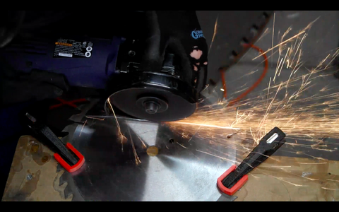 Cutting the Saw Blade
