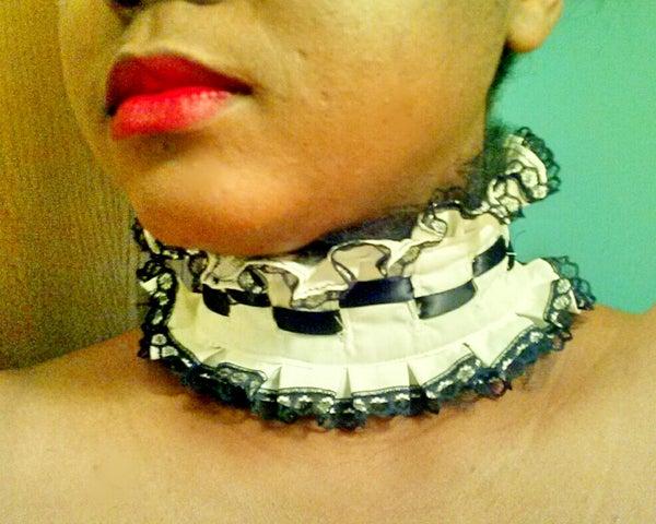 DIY Checkered Detail Lolita Collar