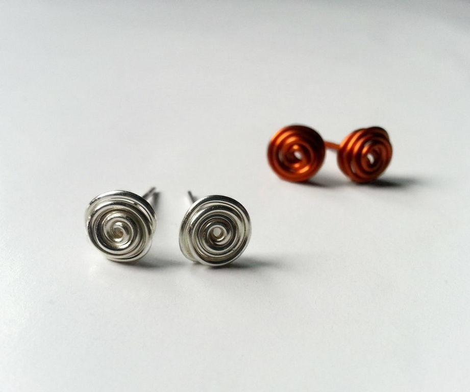 DIY Swirly Stud Earrings
