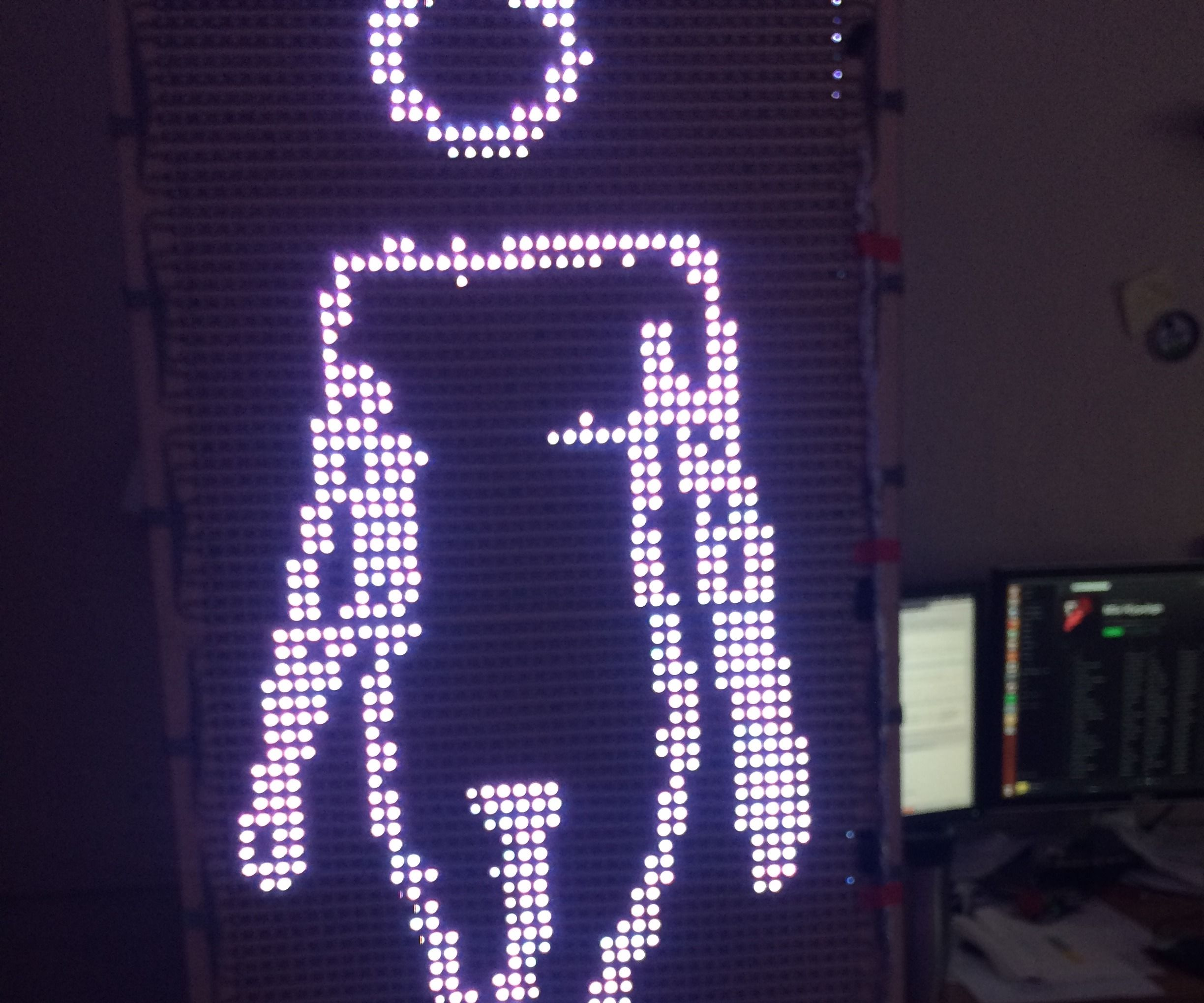 4000 Pixel Animated LED Mural [Cheap and Simple*]
