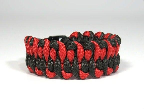 Paracord Dragons Tongue Bracelet