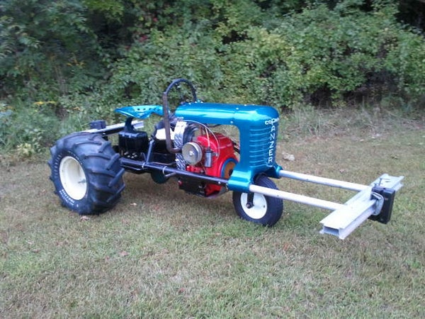 """Rebuilding a Pulling Tractor Called """"Thermal Event"""" - Part 1 of 6 - I Made It at Tech Shop!"""