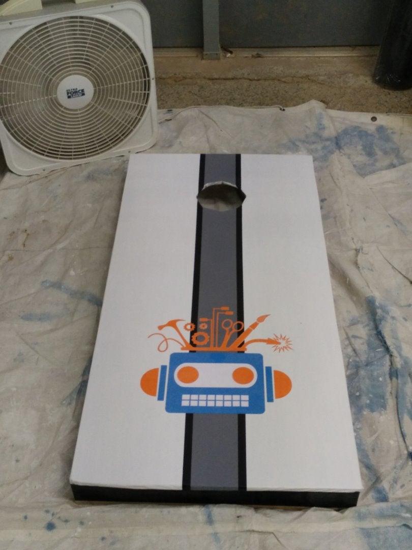 Robot Logo for Cornhole Game Using Silhouette Portrait