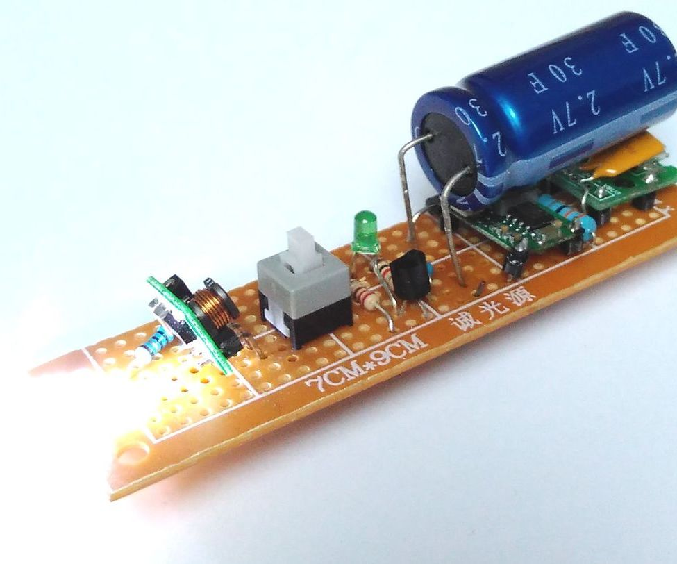 Micro-usb 30F Supercapacitor Flashlight