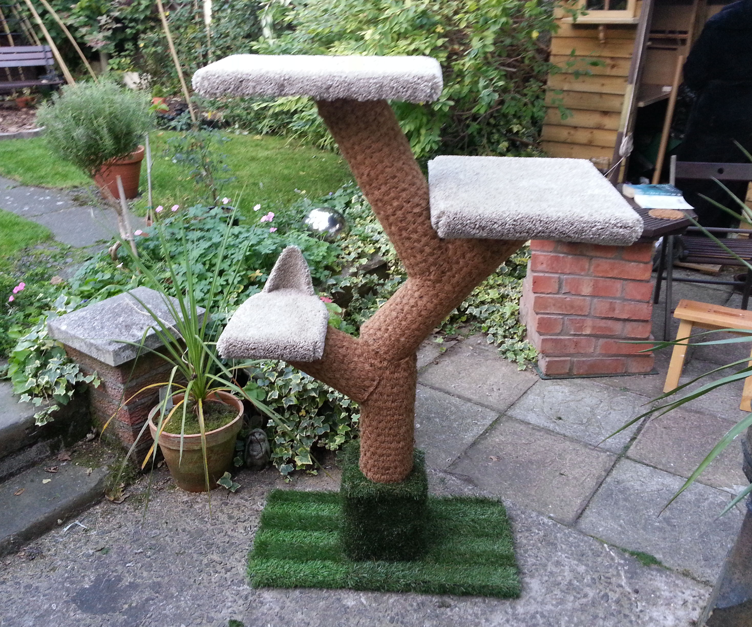 DIY Cat Tree for not much money at all!