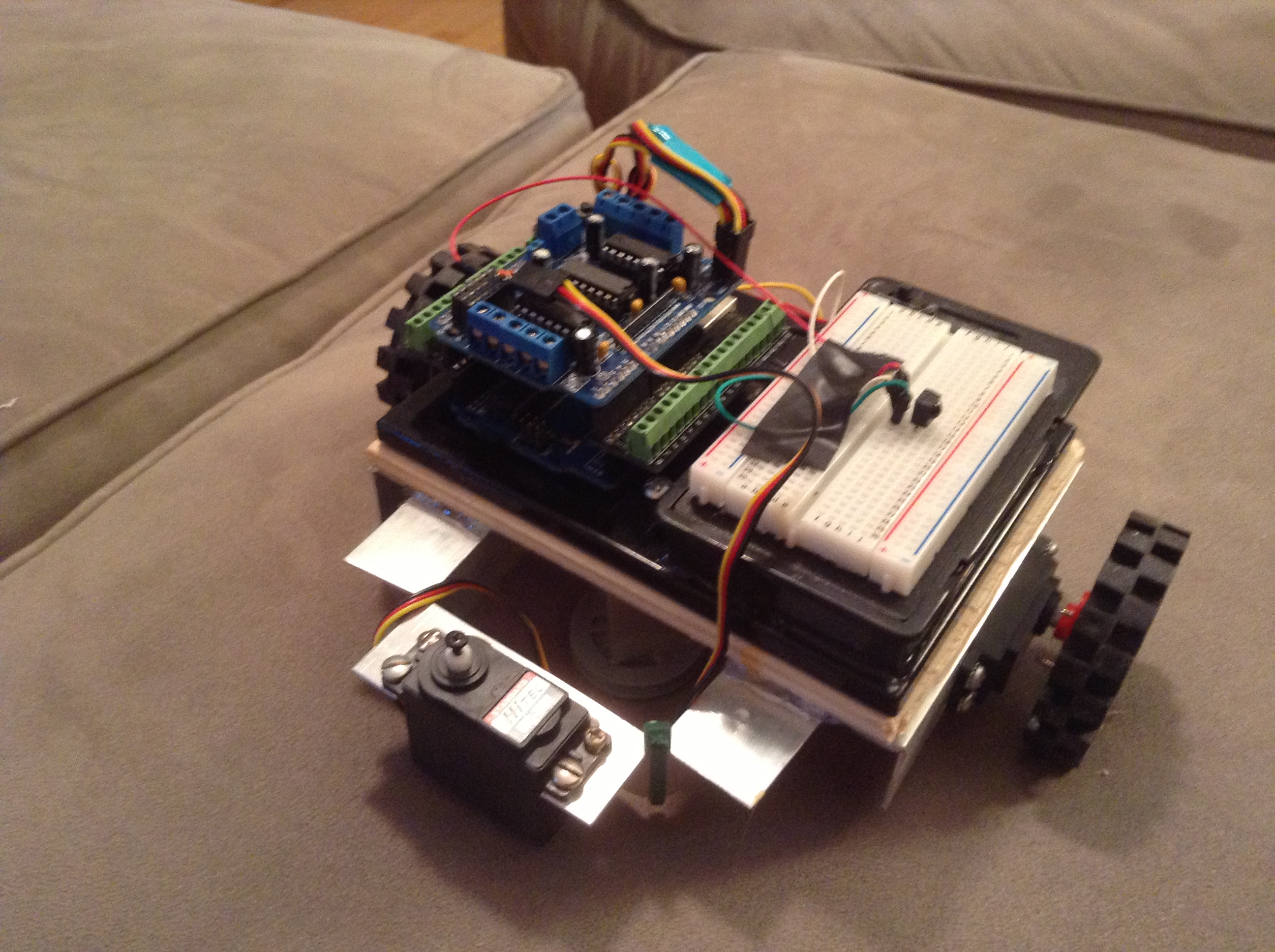 Controlling Arduino RoverBot with TV Remote