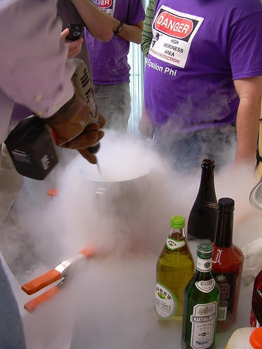 How to Make Super-Cool Frozen Party Cocktails With Liquid Nitrogen