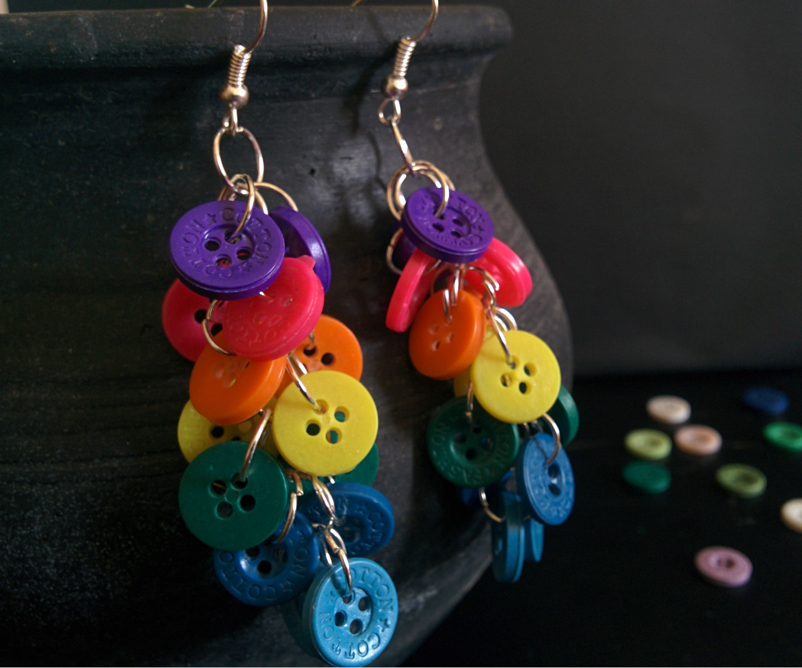 How to make rainbow button cluster earrings easily
