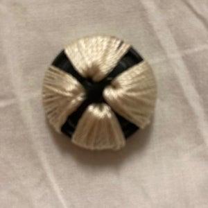 Fashion Button - Satin Stitch