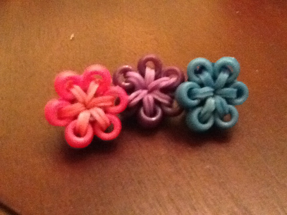 Rainbow Loom Bead Flower Charm