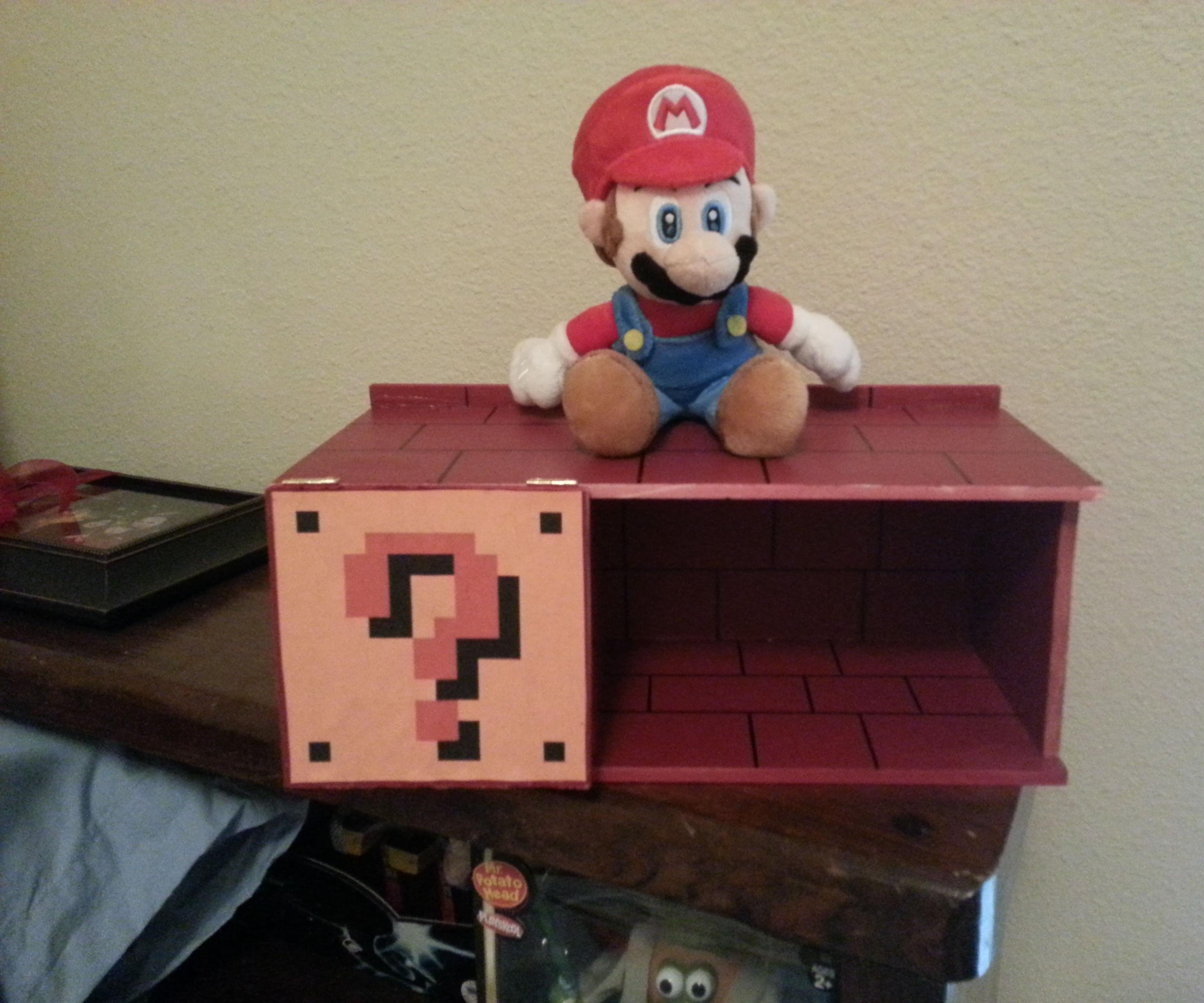 Super Mario Bros. Mini Shelf