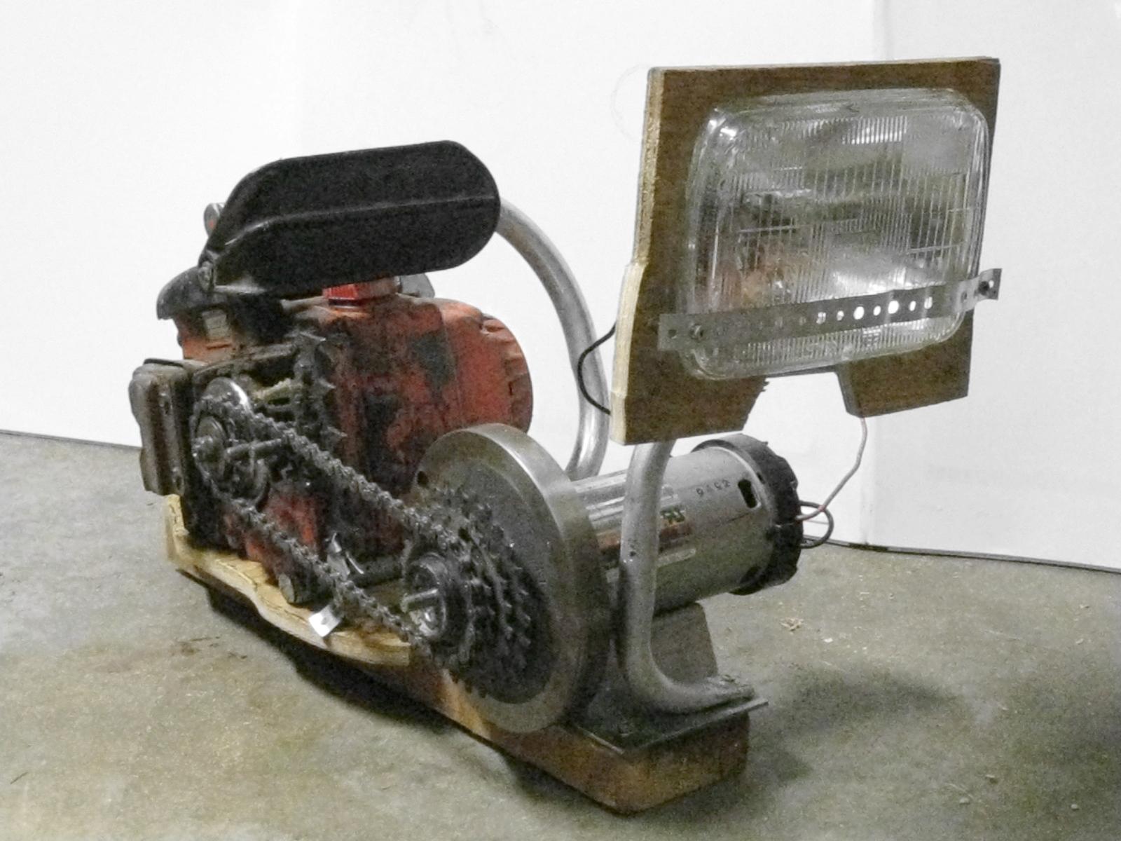 Chainsaw flashlight (gas engine powered spotlight)