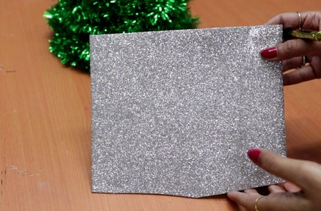 Making of Christmas Snow Flakes