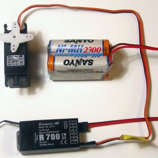 Rc-receiver-servo-battery_b.jpg