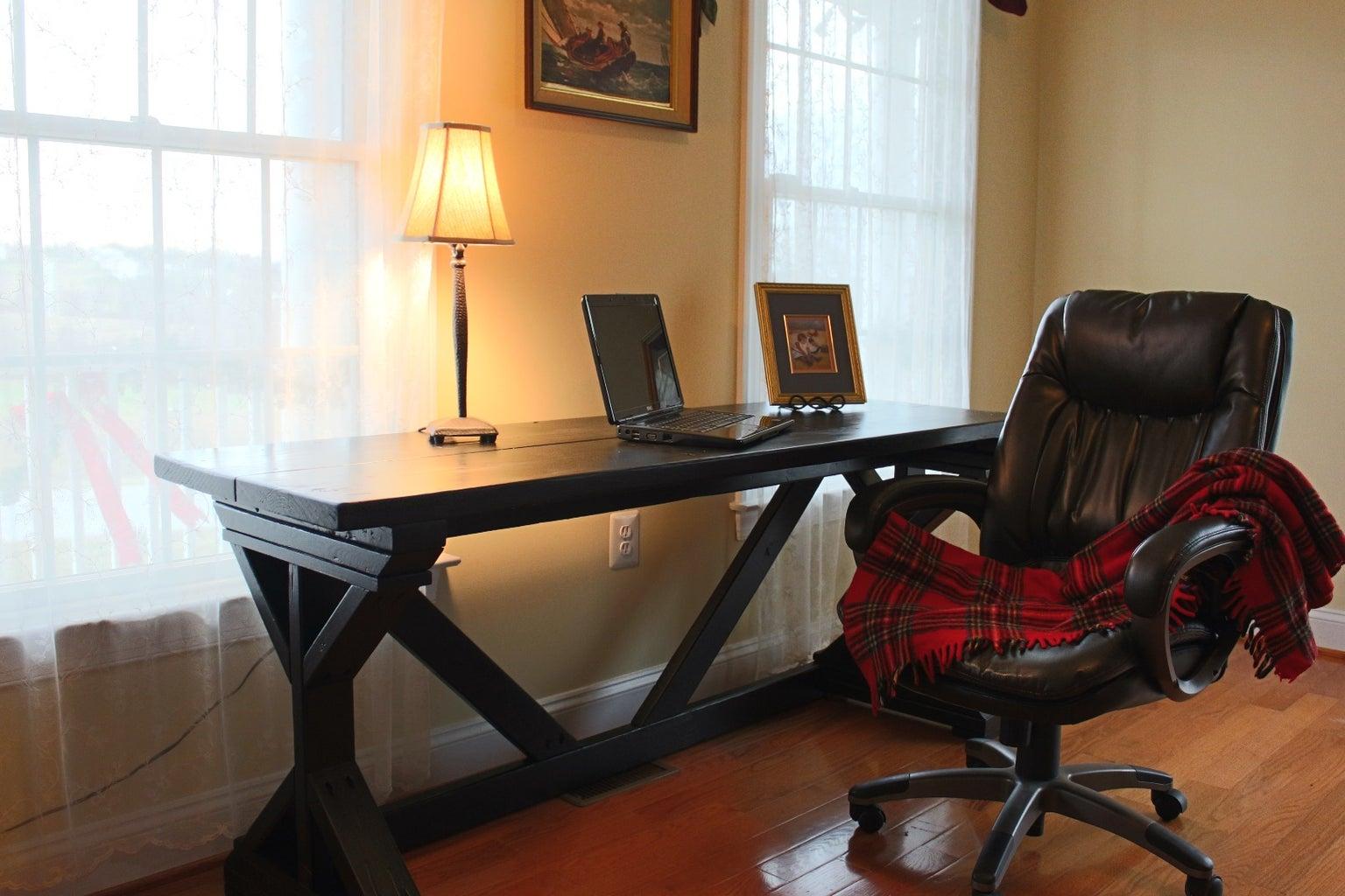 Matching Desk