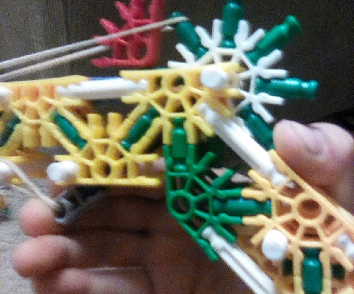 A Life Like Pistol Made With Knex Instruction