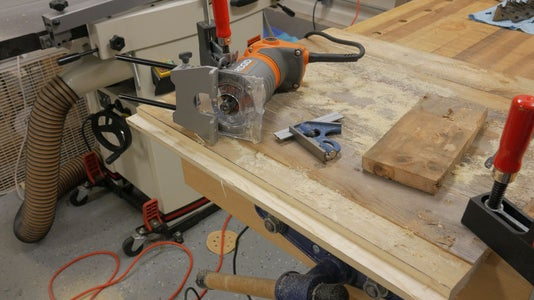 Cut the Bottom Groove With the Router